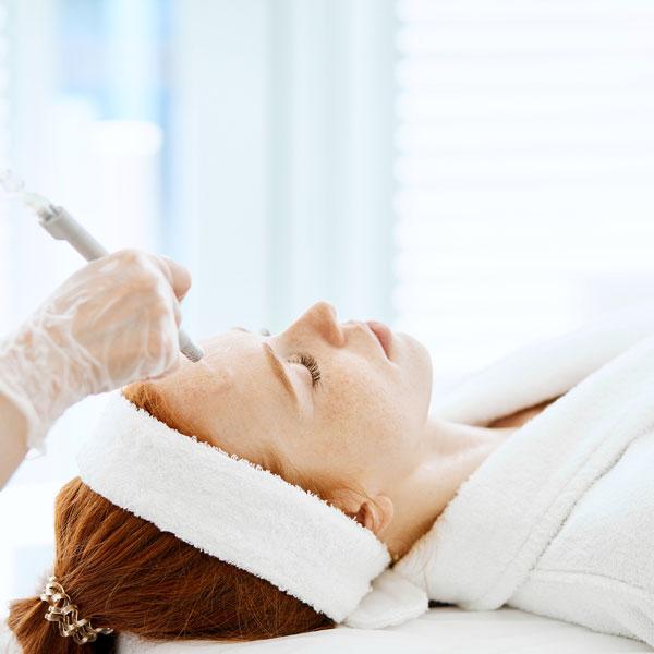 Chemicals Peels Treatment